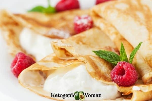 low carb raspberry crepes