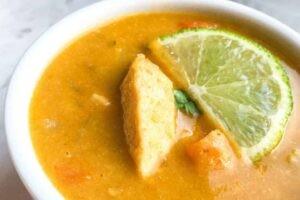 Low Carb Thai Coconut Curry Soup